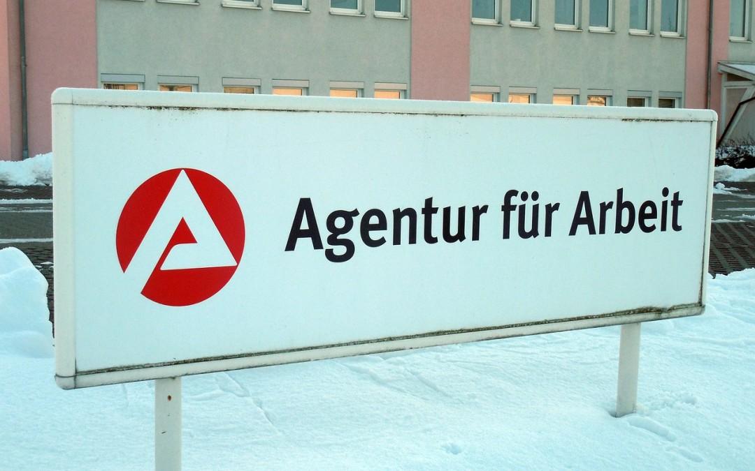 Deutsche Welle und Bundesagentur für Arbeit setzen auf Online-Sprachkurse. Und Greven?